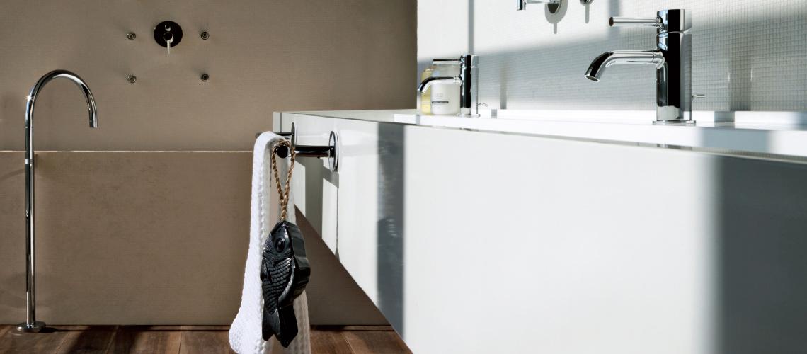Towel rails accessories bathroom streamline products - Bathroom accessories towel rail ...
